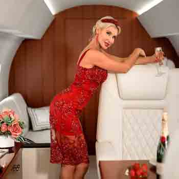Air hostess Escorts Service In Delhi